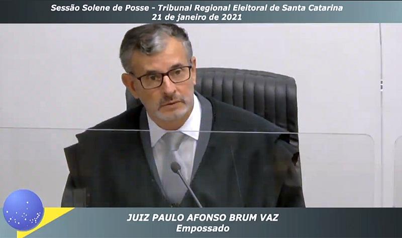 Desembargador do TRF4 Paulo Afonso Brum Vaz assume cargo de juiz do Pleno do TRE-S