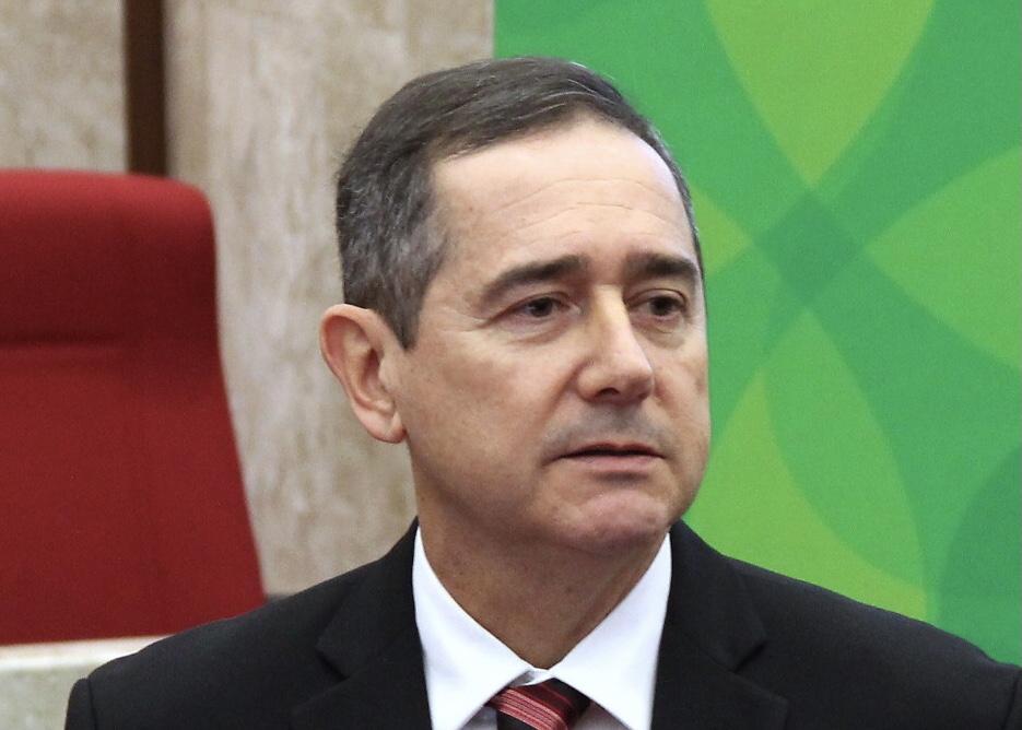Assembleia Legislativa de SC aprova moção de aplauso ao presidente eleito do TRF4