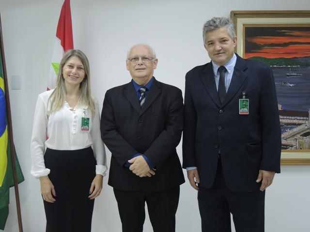 Diretor do Foro recebe representantes da OAB em Videira
